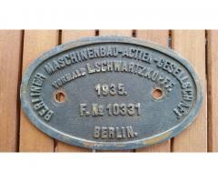 Biete Messing Fabrikschild 03 190